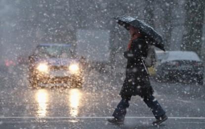 COD GALBEN de ploi şi ninsori, în centrul, sud-vestul şi nord-estul ţării
