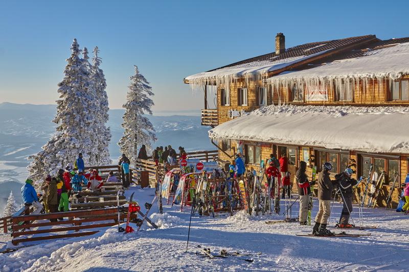 Cât costă o vacanţă la munte în Poiana Braşov în 2016
