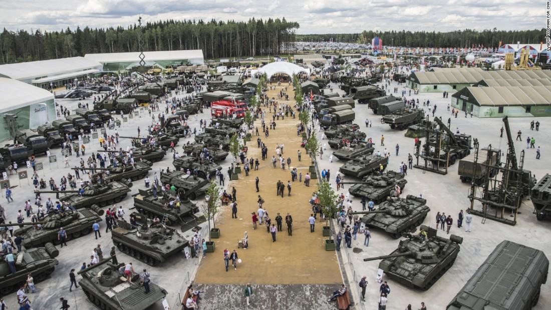 Comparaţie între forţele armate ale Rusiei, Ucrainei, Statelor Unite şi României