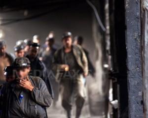 GREVA FOAMEI la Exploatarea de uraniu Crucea: 83 mineri de s-au blocat în subteran