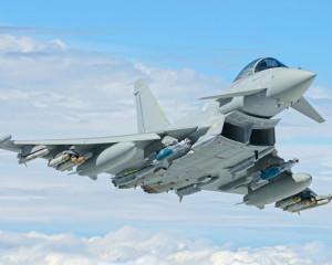 NATO confirmă consolidarea prezenţei în Europa de Est. Avioane britanice vor fi staţionate în România