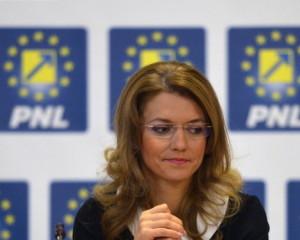 Demisii în lanţ la PNL. Alina Gorghiu şi-a depus mandatul, după eşecul răsunător în alegeri