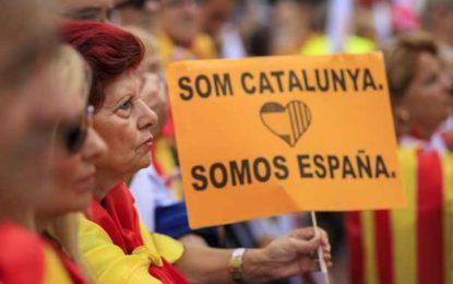CRIZA din Catalonia| Premierul Spaniei a anunţat SUSPENDAREA guvernului catalan şi organizarea de alegeri noi în regiune/ Obiectivele lui Rajoy / Puigdemont va susţine un discurs