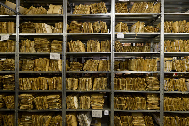 BREAKING | DOCUMENTELE privind arhiva SIPA deţinute de CSAT, predate comisiei de anchetă