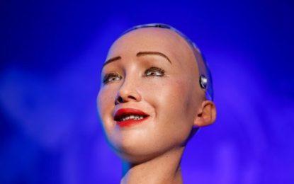 Robotul Sofia ne linişteşte. Iată de ce se tem oamenii de inteligenţa artificială