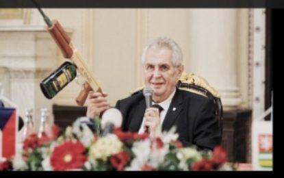 Preşedintele ceh a fost internat de urgență: Ce l-a țintuit la pat pe Milos Zeman