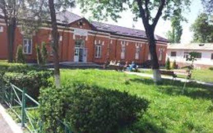 Sancțiuni pentru moartea fetiței nevăzătoare la Liceul din Târgu Frumos: avertisment și tăiere de 5% din salariu Citeşte întreaga ştire: Sancțiuni pentru moartea fetiței nevăzătoare la Liceul din Târgu Frumos: avertisment și tăiere de 5% din salariu