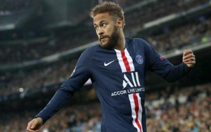 Neymar a dat pentru a treia oară Barcelona în judecată. Vrea 6,5 milioane de euro
