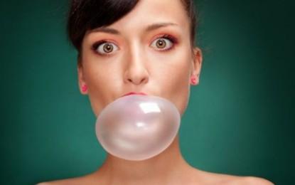 Ce se întâmplă în corpul nostru când înghiţim o gumă de mestecat. Avertismentul medicilor .