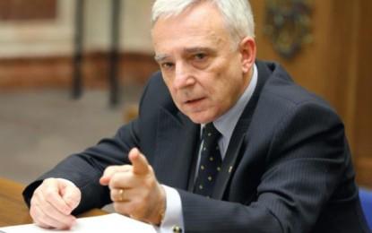 Mugur Isărescu: Multinaționalele trebuie să respecte fiscalitatea și regulile noastre
