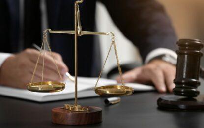 Curtea Constituțională judecă impozitarea pensiilor speciale cu 85% Citeşte întreaga ştire: Curtea Constituțională judecă impozitarea pensiilor speciale cu 85%